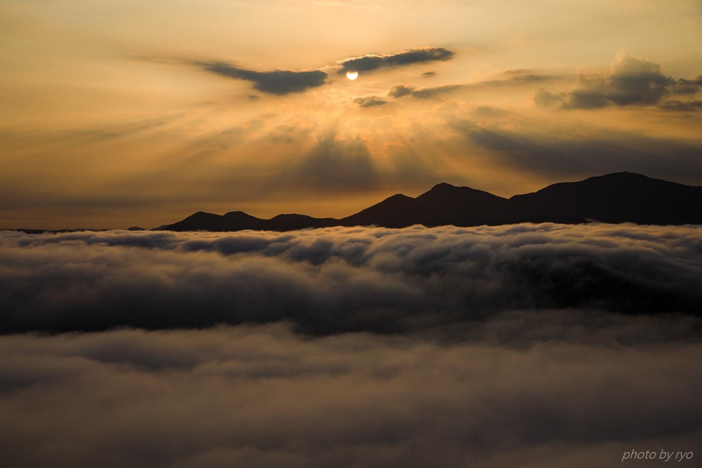 うろこ雲の空へと_5