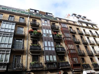 スペイン中東168サンセバスティアン街並み