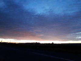【写真】早朝四時半の朝焼けの風景
