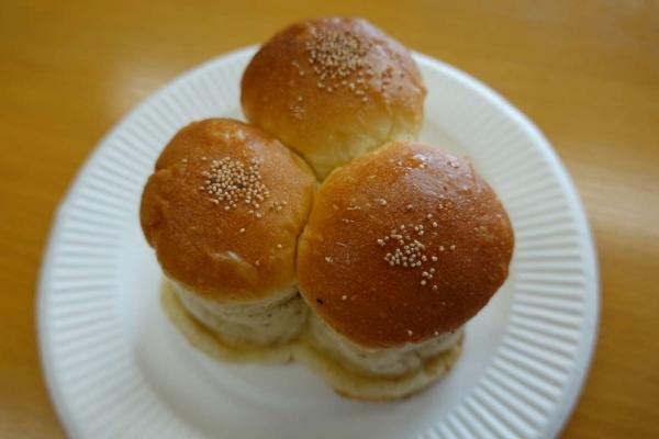 カネダヤパン店