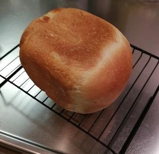 パンが焼けました