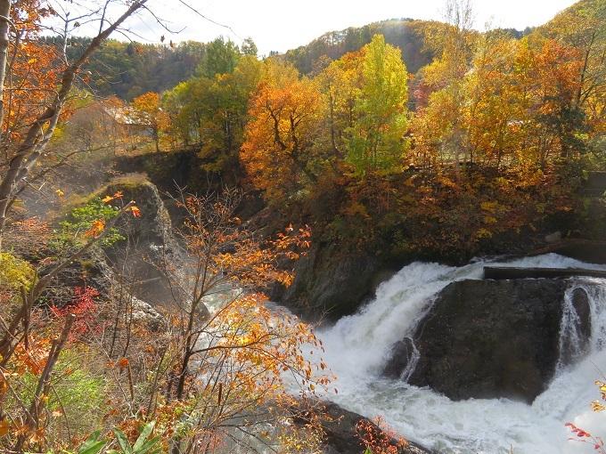 洛陽の滝 (2)