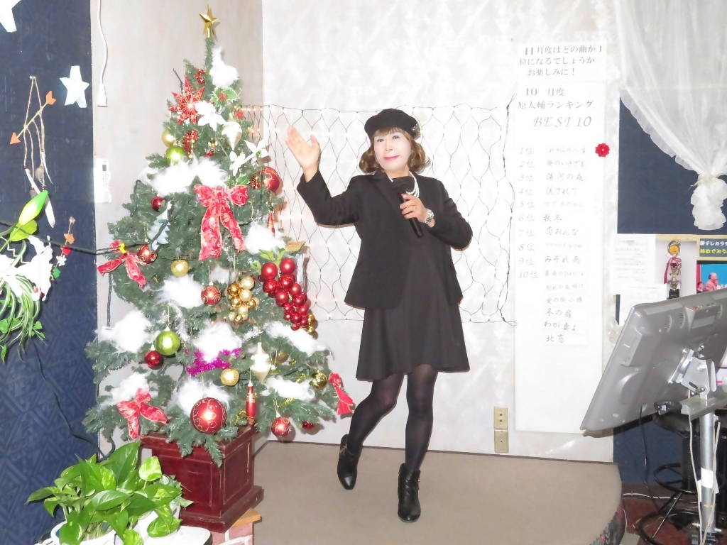 黒ワンピ黒ジャケットカラオケA(3)