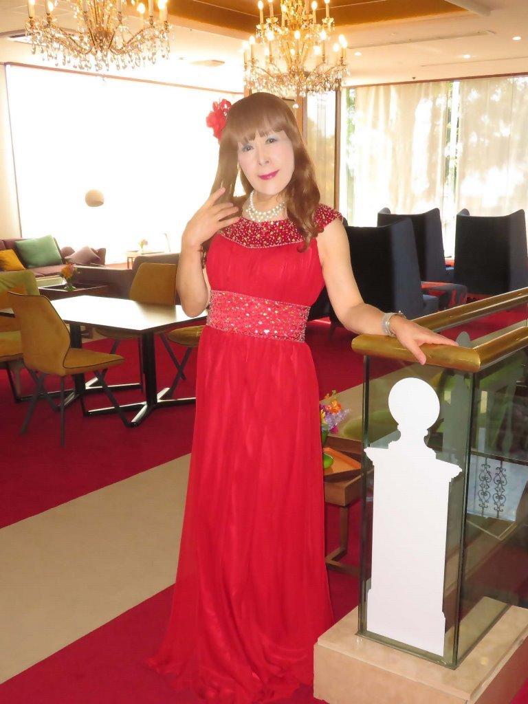 赤ロングドレス会場C(2)