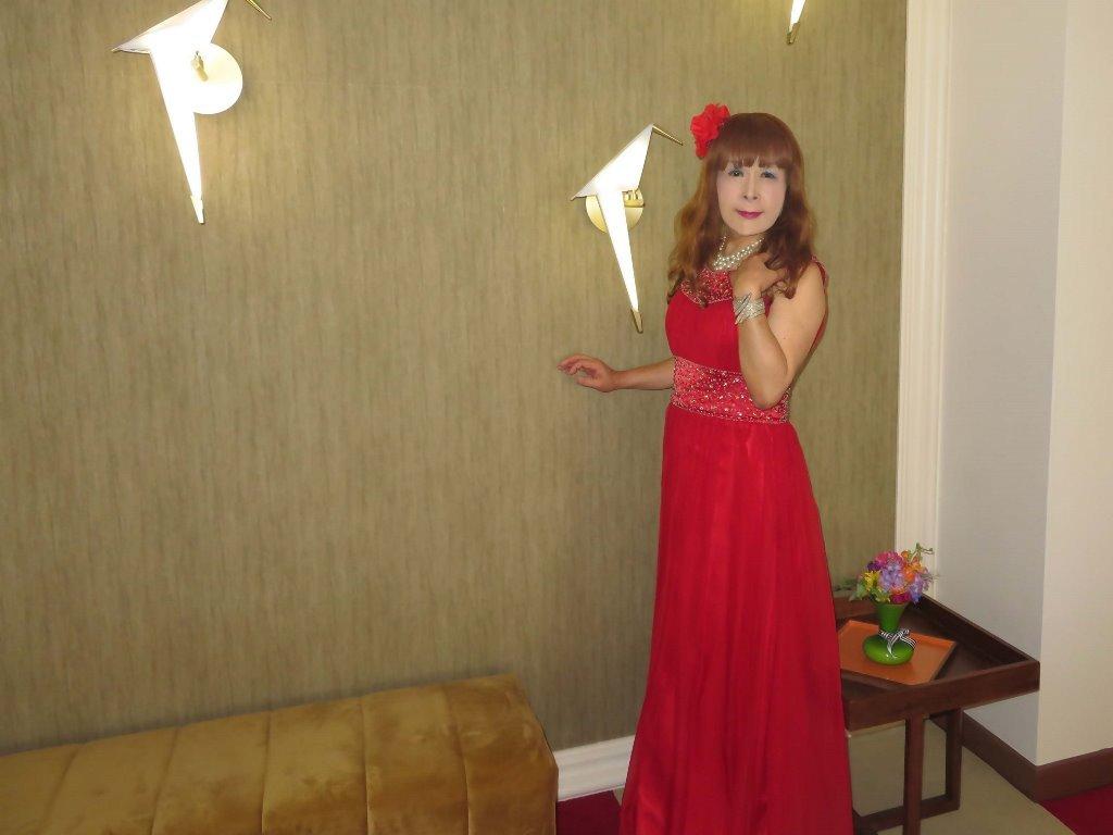 赤ロングドレス会場D(3)
