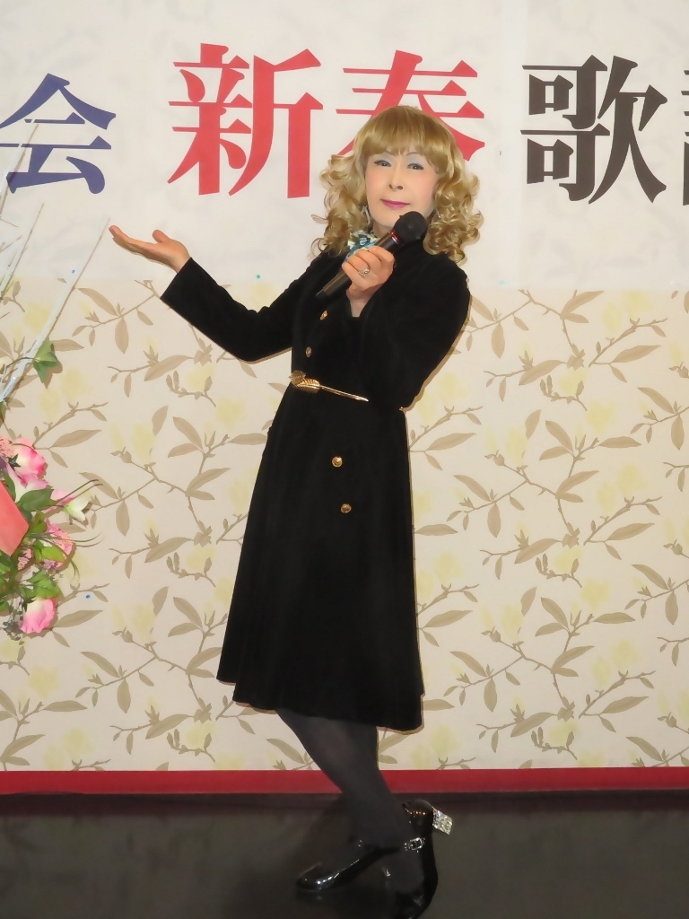 黒ベルベットワンピカラオケA(3)