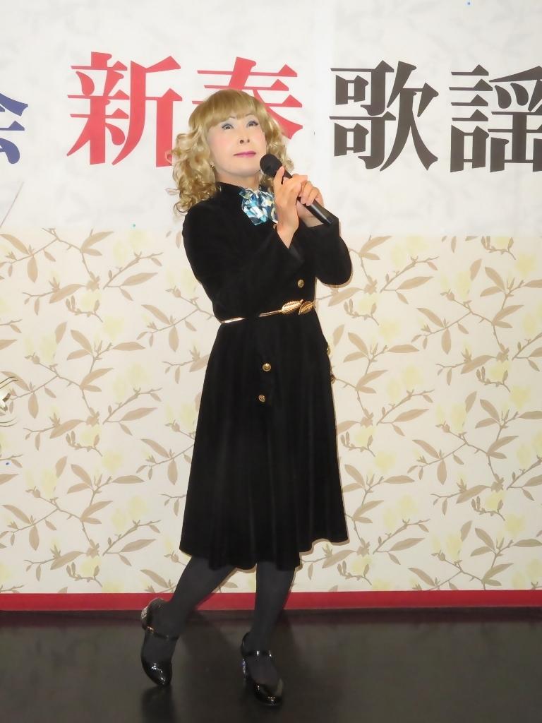 黒ベルベットワンピカラオケA(4)