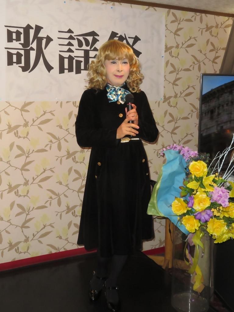 黒ベルベットワンピカラオケA(6)