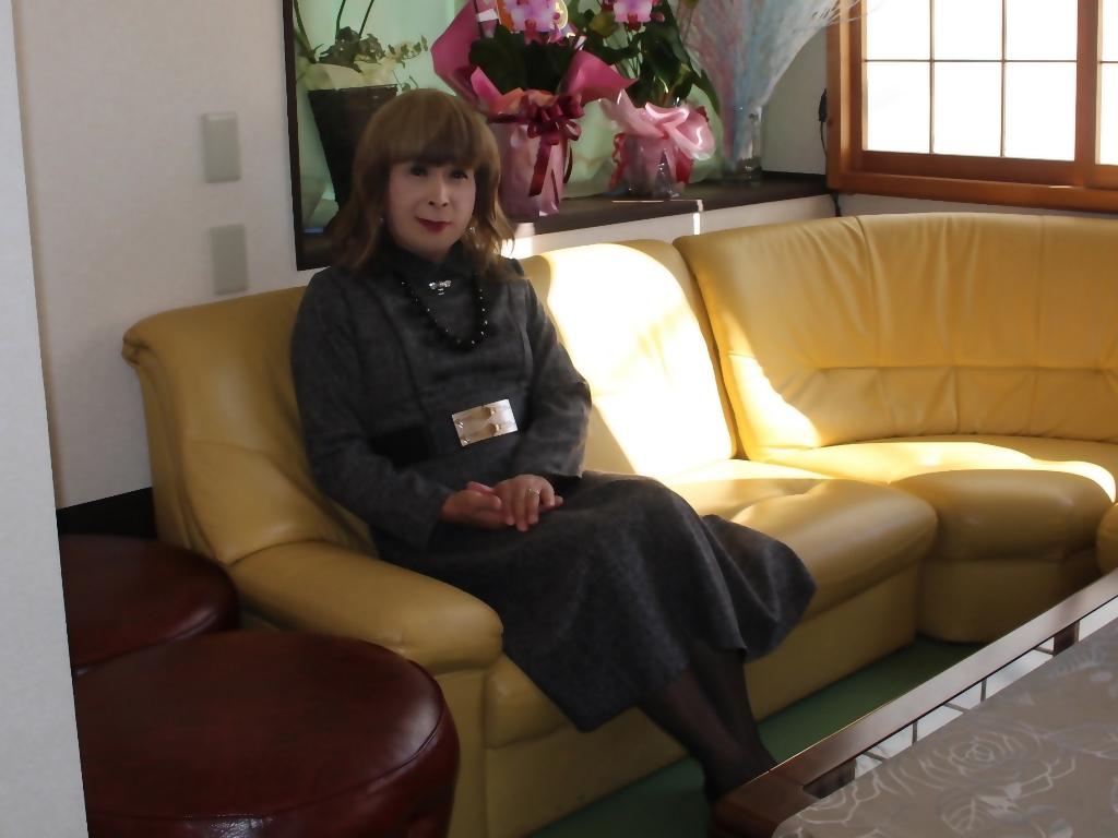グレーのワンピースラオケ喫茶店(8)