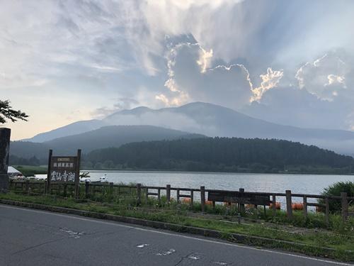 霊仙寺湖ドッグラン1