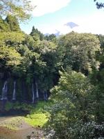 富士山と白糸の滝