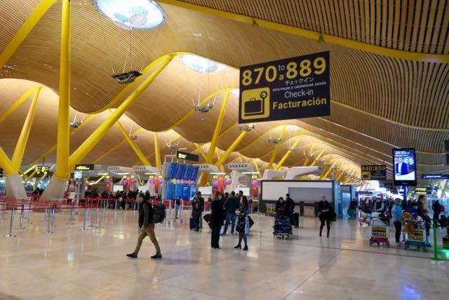 マドリード空港 - 1