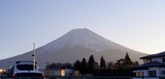富士山駅から見える富士山