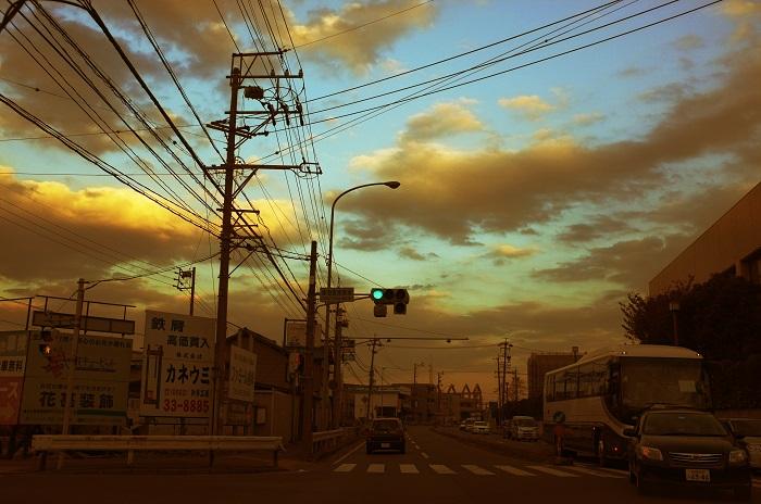 フリー画像・雲と信号