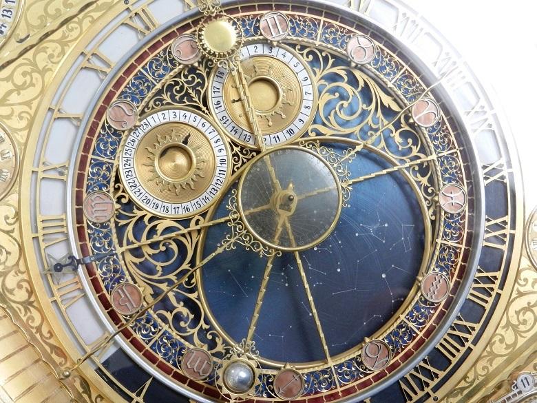 clock-780.jpg