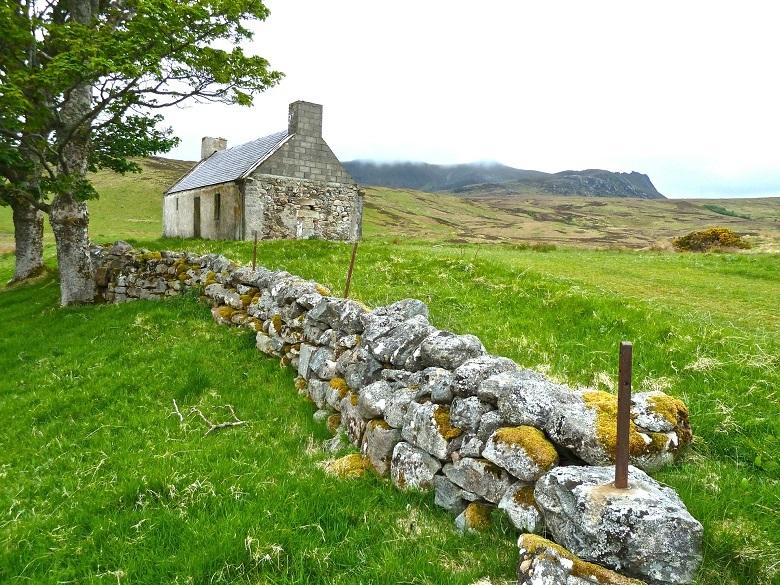 farmhouse-780.jpg