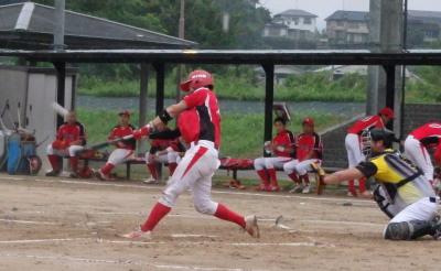 P7135707続く8番が左越え本塁打を放ち2点追加