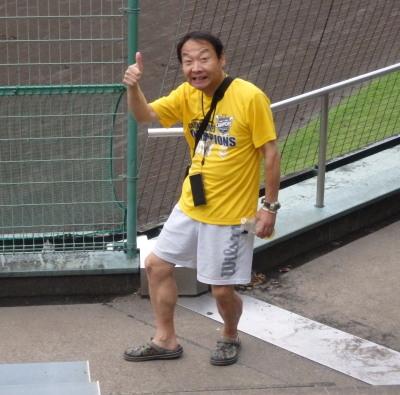 P7240327 RKKラジオ大田黒浩一の今日も元気の中で早起き野球の結果をアナウンスされます