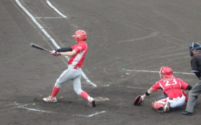 P7250485 トウヤ3回表2死満塁から8番が満塁本塁打を放つ