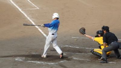 P7310699続く7番も左越え二塁打で1点追加