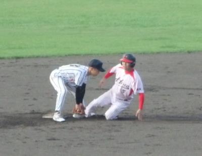 P8211959 熊本日野3回裏2死一、三塁から二盗失敗でゲーム