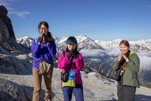 燕岳残雪期16