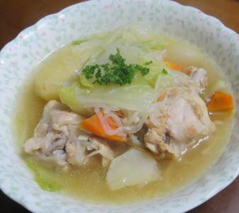 ハクサイ料理鶏肉入りスープ