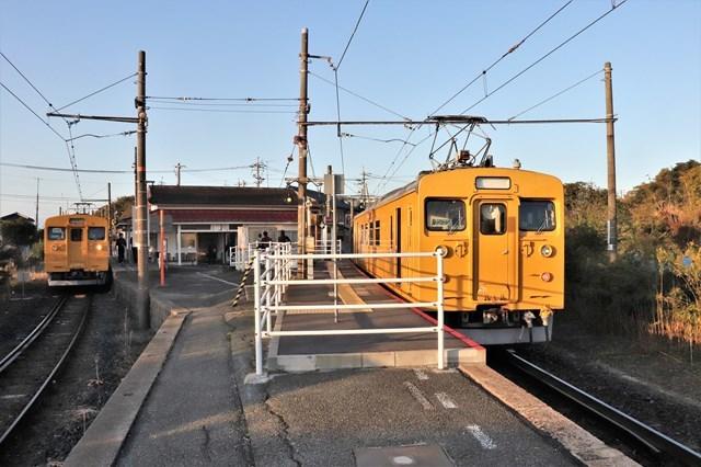 ⑧雀田駅ホーム