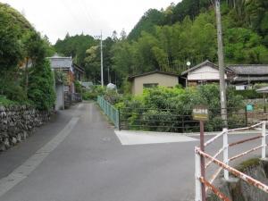 姫野々城/02遊歩道へ.jpg