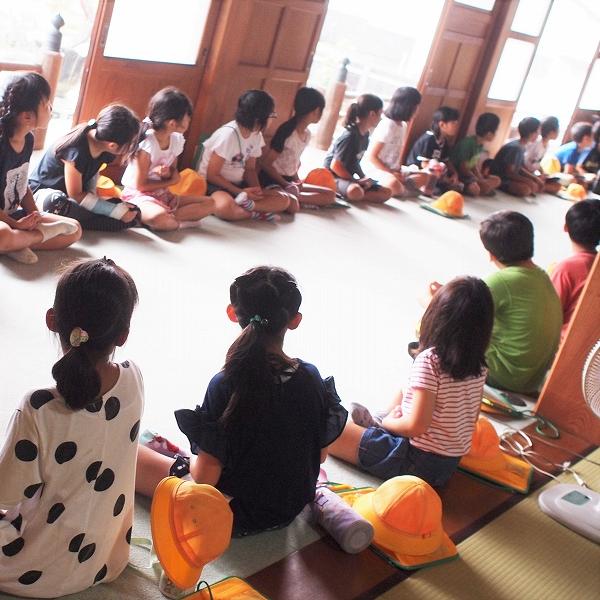 500坐禅体験と小学生来寺1907021