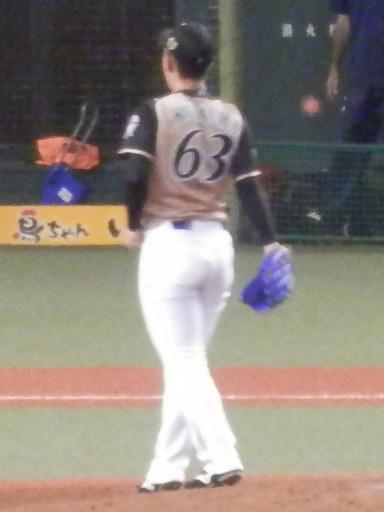 63kitaura201907v.jpg