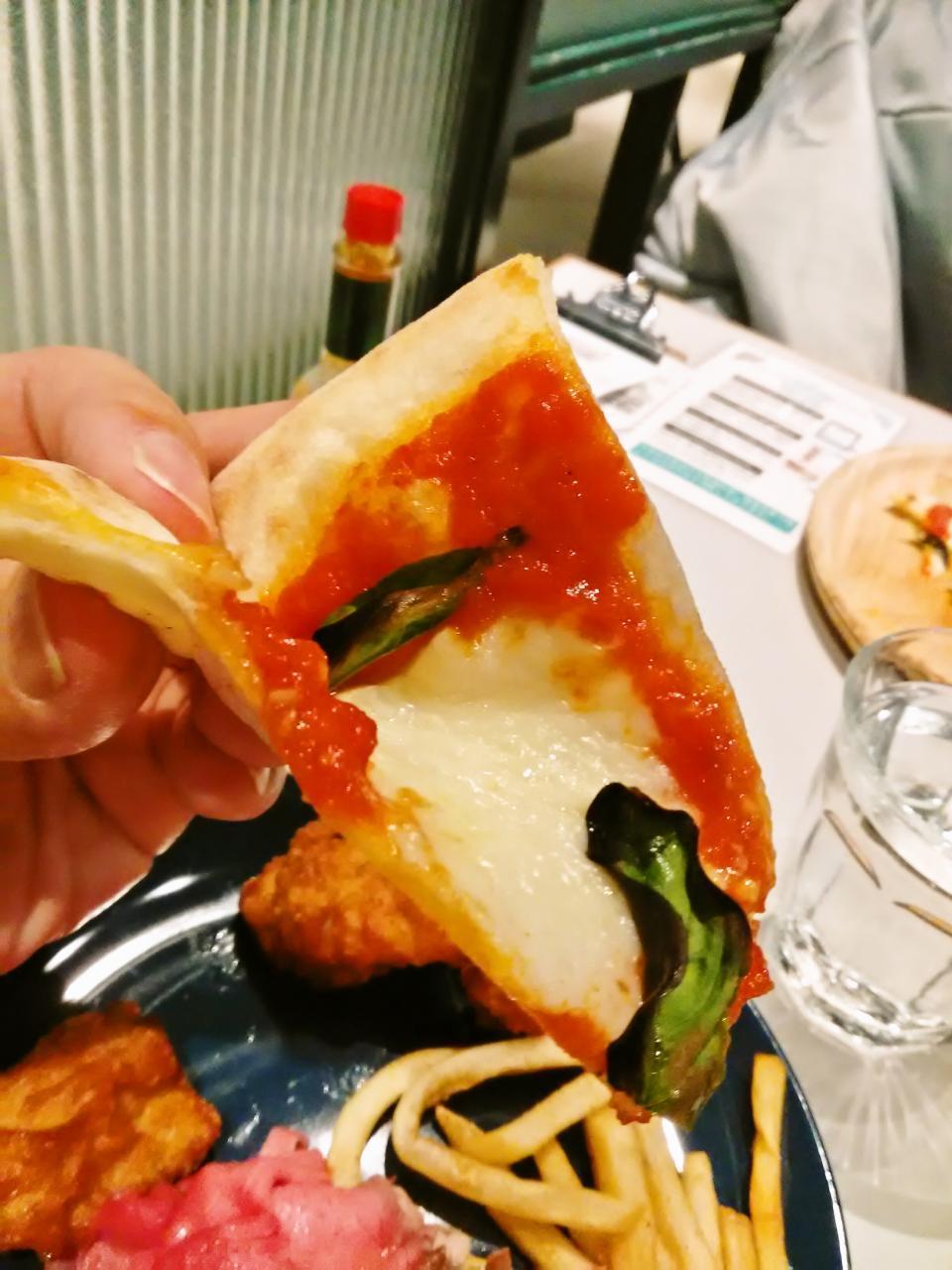 フィオーレ ピザ ダイニング & バー(食べ放題)