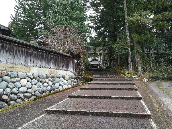 hachimangui-inami-003.jpg