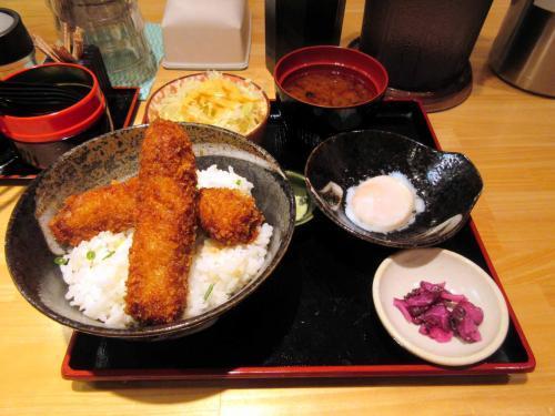 醤油カツ丼(並)、温玉