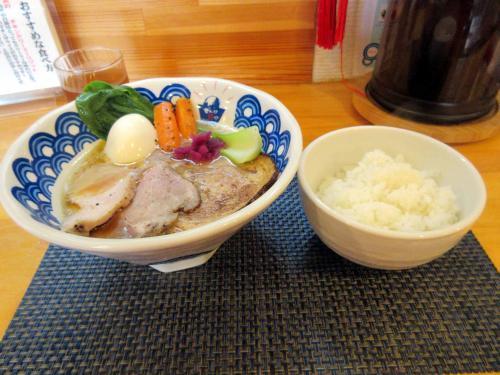 でら鶏白湯らぁ麺とライス
