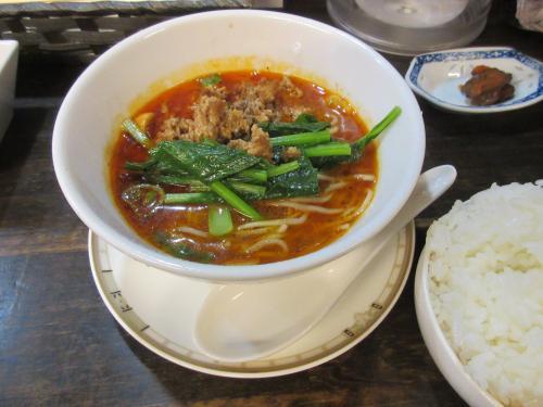 ハーフ坦々麺