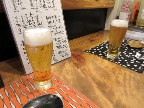 まずは生ビール