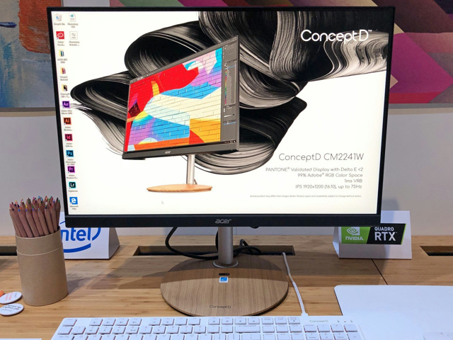 ConceptD_CM2241W_05.jpg