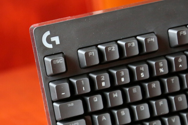 G_Pro_X_Mechanical_Gaming_Keyboard_03.jpg
