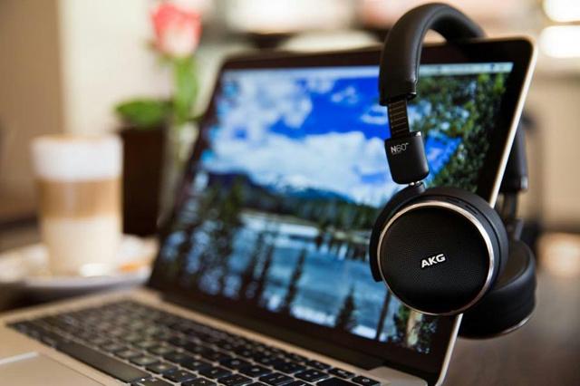 Granbelm_Headphones_08.jpg