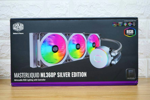 MASTERLIQUID_ML360P_SILVER_EDITION_01.jpg