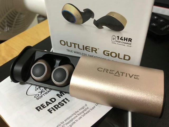 Outlier_Gold_09.jpg