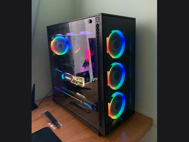 PC_Case_10_03.jpg