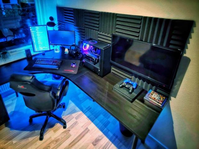 PC_Desk_159_25.jpg