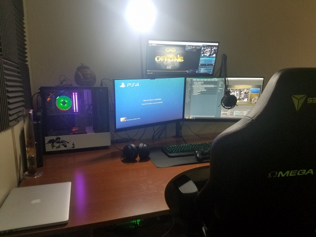 PC_Desk_159_33.jpg