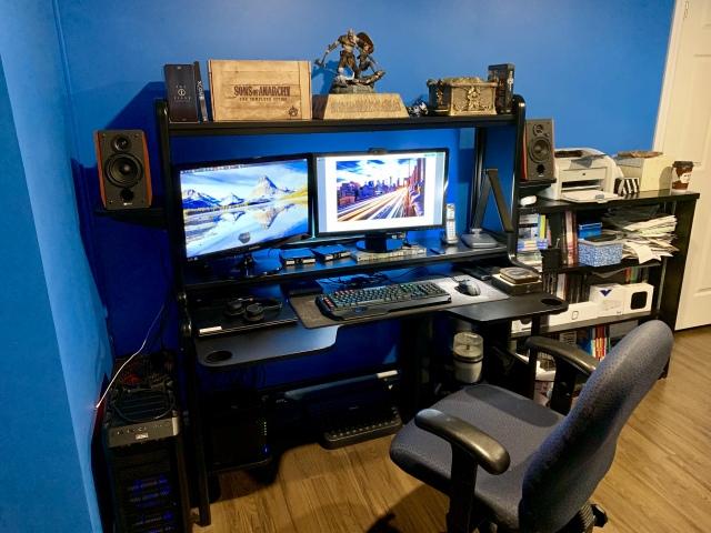 PC_Desk_159_43.jpg