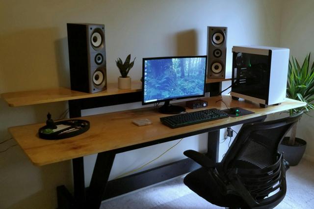 PC_Desk_159_49.jpg
