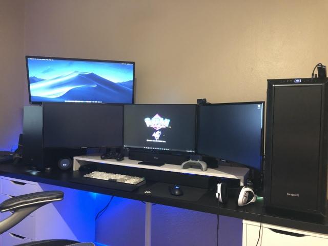 PC_Desk_159_53.jpg