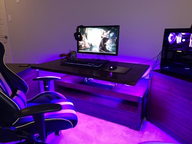 PC_Desk_159_61.jpg