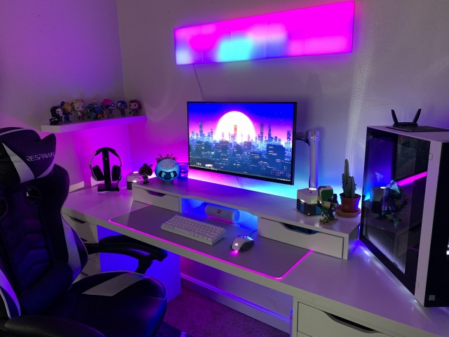 PC_Desk_159_62.jpg